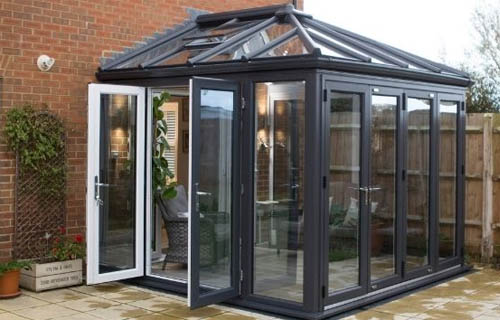 conservatory cleaning service northampton greenhouse glasshouse orangery cleaning