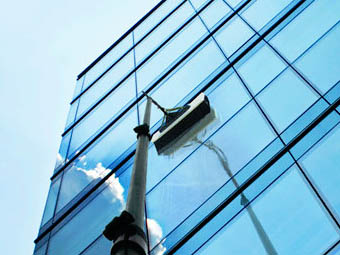 extending pole window cleaning