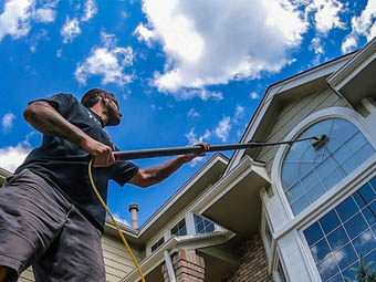 exterior house window cleaning