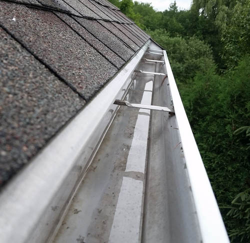 gutter cleaning northampton service